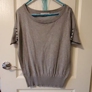 Loft lightweight gray, metallic top
